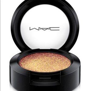 "Mac Dazzleshadow ""New"" eyeshadow just for you"